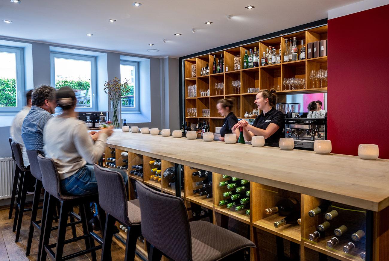 Link zur Bilddatei: brustoderkeule_bok_restaurant_muenster_gourmet_kreuzviertel_neue_bilder_startseite_bok_unser_team_galeriebilder_03